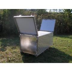 Maßgefertigte Transportboxen aus Alu